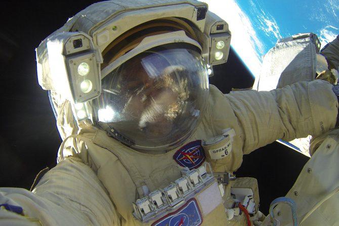 ФМБА России проведет вакцинацию от COVID-19 отряда космонавтов